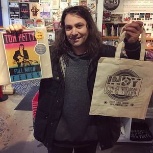 We got a visit from @thewarondrugs today before their show tonight at @thevogueindy and Adam took a pick in the store listening rotation, picking @jbrekkie - 'Soft Sounds From Another Planet'. Thanks for hanging and for the support, guys! Hope to see you again soon! #indycdwins #thewarondrugs